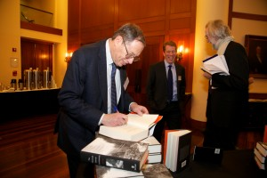 Richard Epstein signs copies of his book, The Classical Liberal Constitution.